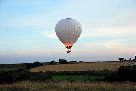 Kontakt Ballonflyverne hvis du ønsker at give en ballontur i 50 års fødselsdagsgave.